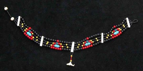 Бусы из бисера емели несколько значений у индейцев.