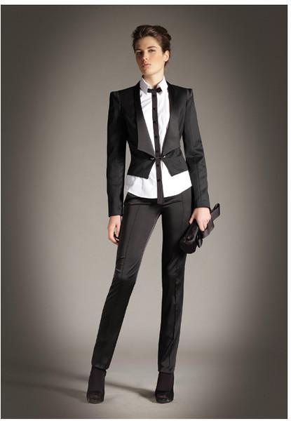 Женские дорогие деловые костюмы