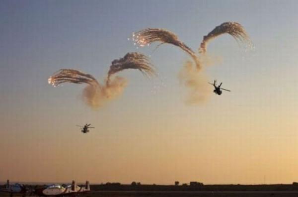 Смехота-23 Вертолеты в воздухе производят выстрелы