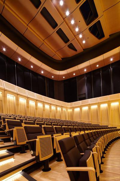 Проект BFLS, победивший в международном архитектурном конкурсе, включает в себя три концертных и репетиционных...