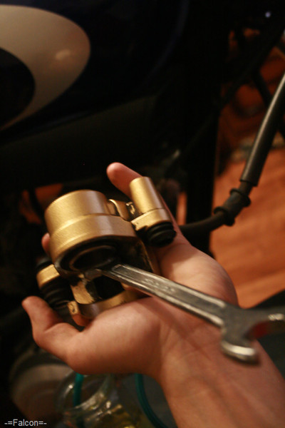 ТО переднего тормоза в картинках - Международный мотоклуб ...: http://ybrclub.com/showthread.php?t=10724