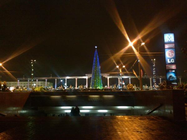 Новогодняя елка в центре Ташкента