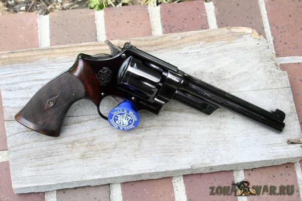 револьвер 4