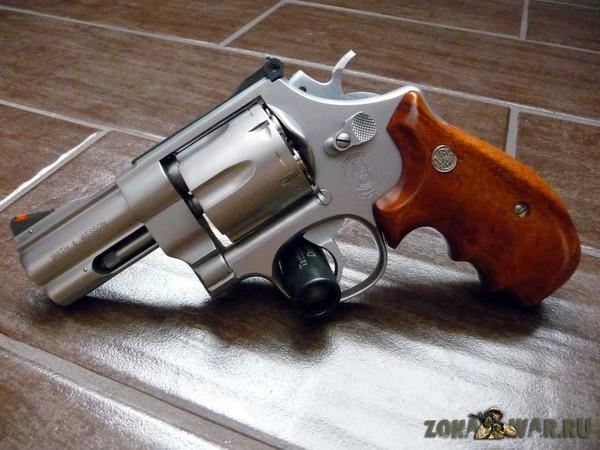 револьвер 10
