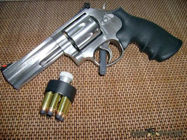 револьвер 11
