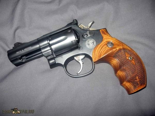 револьвер 17