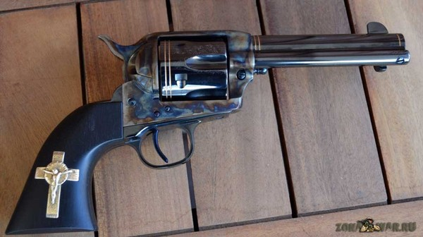 револьвер 32