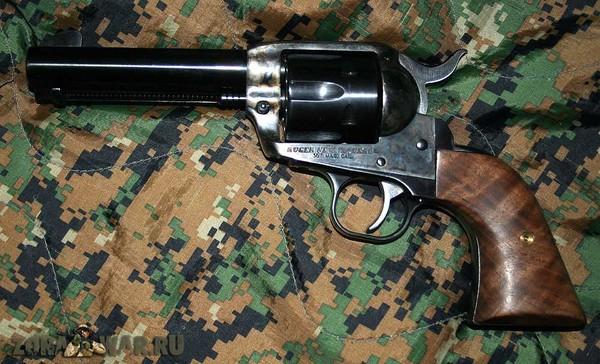 револьвер 372