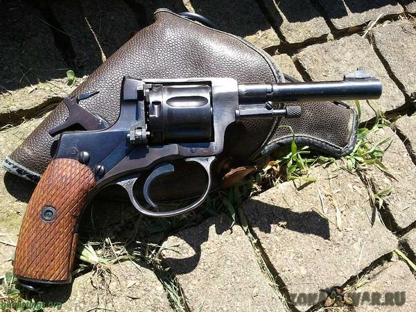 револьвер 401