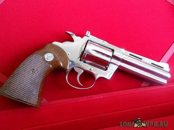 револьвер 402