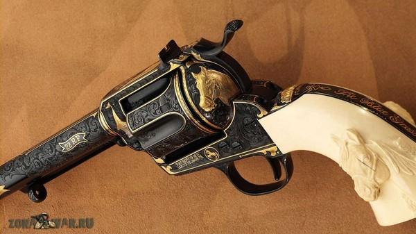 револьвер 407