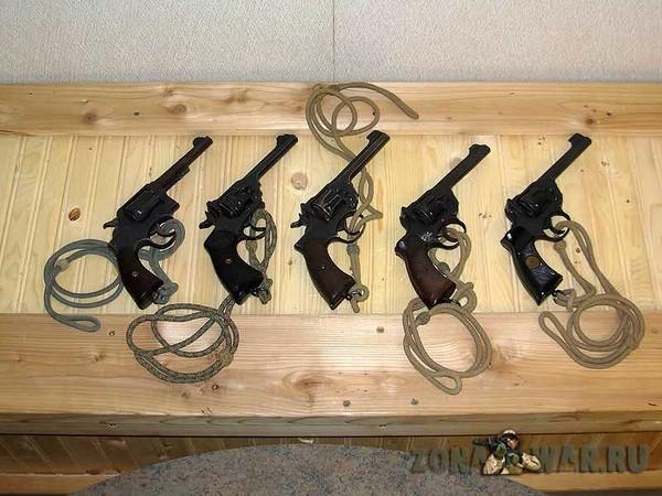 револьвер 412