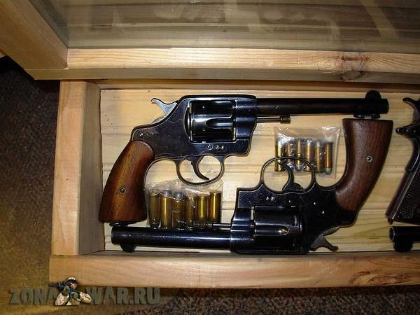 револьвер 413