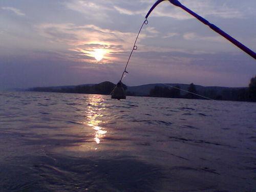 ловля леща ранней весной на фидер видео