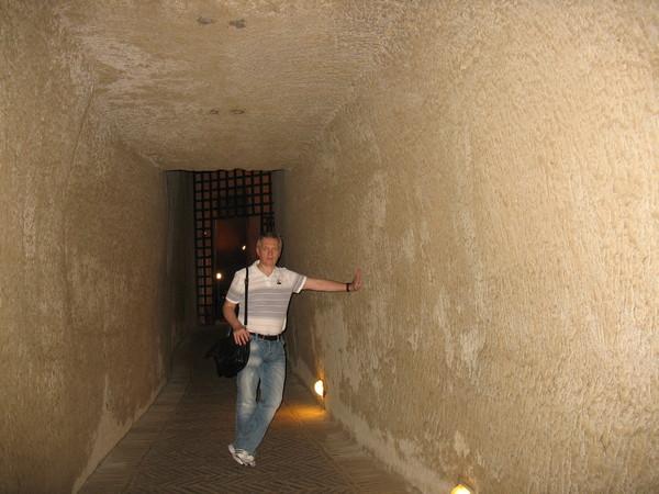Кастель д'Ово, это, конечно – не тюрьма Poggioreale