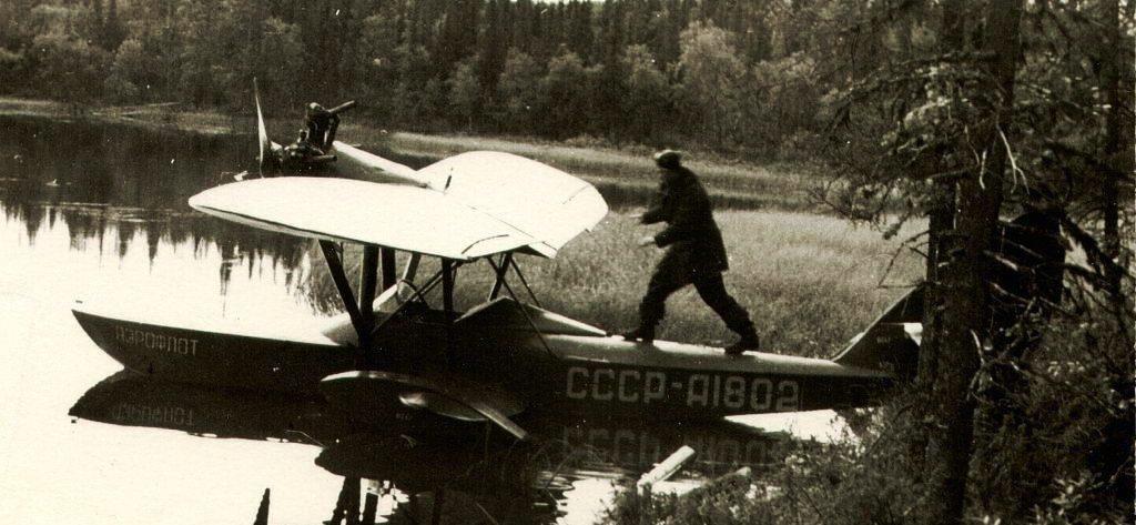 После незначительных доработок опытного экземпляра самолет Ш-2 запустили в серийное производство. .  За период с 1932...