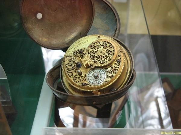 Часы в РГГУ (Фото 16)