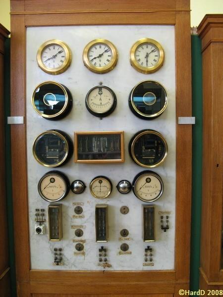Часы в РГГУ (Фото 18)