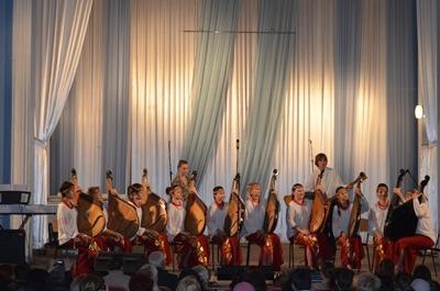 """Рождественский концерт отделов - """"Хоровое дирижирование"""", """"Народные инструменты"""""""