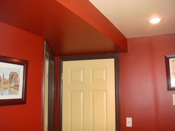Покраска стен в прихожей фото