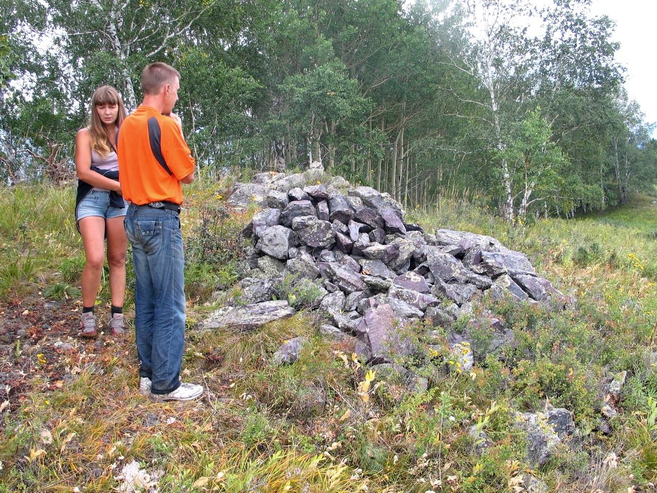Камнерезы в поисках природного сырья