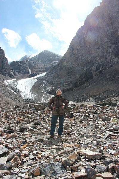 Вид на фоне ледника