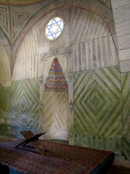 Внутри Ханской мечети в Бахчисарае