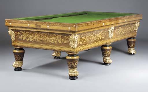 Антикварный стол для бильярда