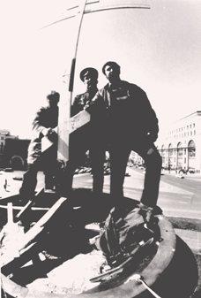 Воспоминания участников. История воздвижения крестов вместо свергнутых монументов Свердлову и Дзержинскому. I-8