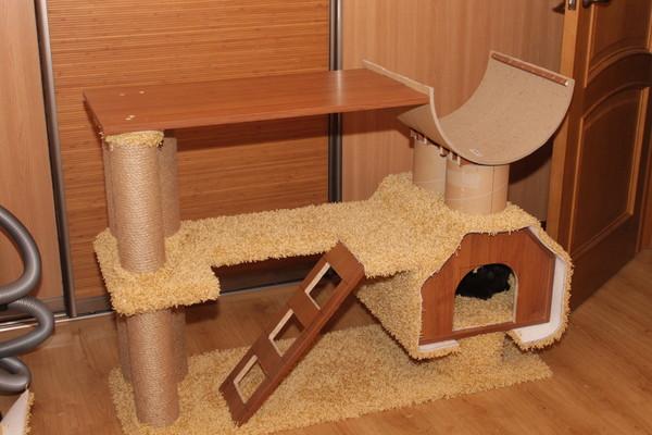 Кошачий домик угловой своими руками 17