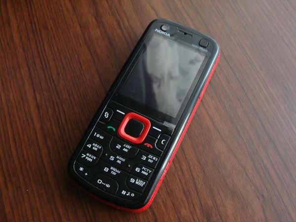 Все, пожалуй, помнят первый хитовый музосмартфон от Nokia - 325