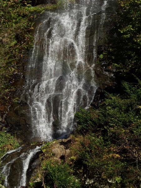 Водопад Тюльпан на Махадыре