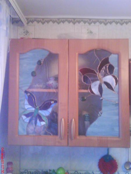 Витражные вставки в кухонный шкаф. 280х600 каждая. Цена 3300 за штуку.