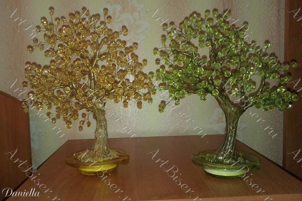 моё хобби (деревья из бисера) .