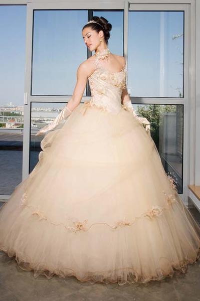пышное платье подружки невесты