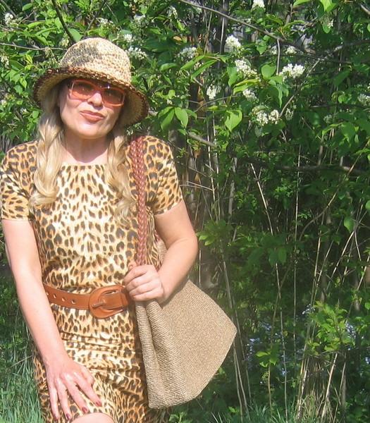 Фото деревенских девушек в гольфах 14 фотография