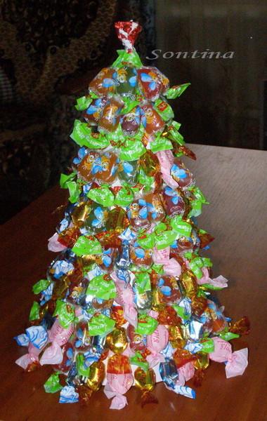Поделки из конфет к новому году своими руками фото