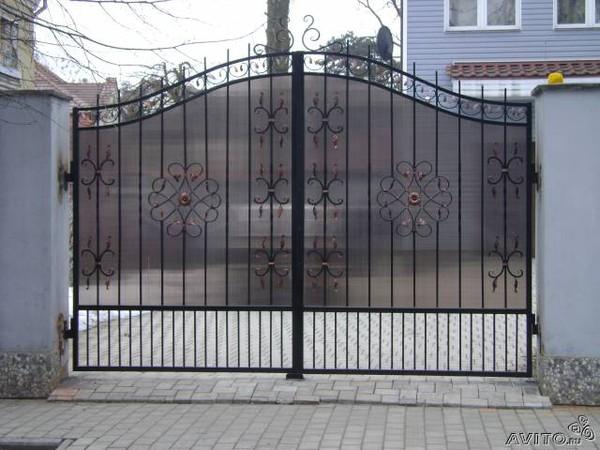 Садовые ворота внутри много текста