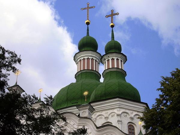 Сатанисты захватили Кирилловскую церковь