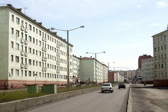 Норильск, Комсомольская