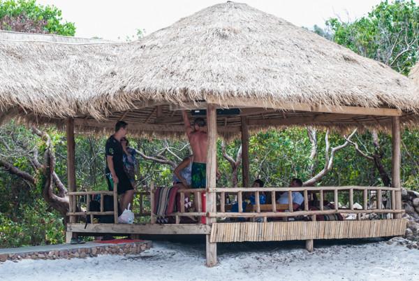 Koh Rong Samloem: The Beach Resort, большая беседка совмещенная с бильярдным столом