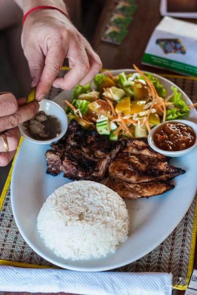 Koh Rong Samloem: Leazy Beach, барбекю