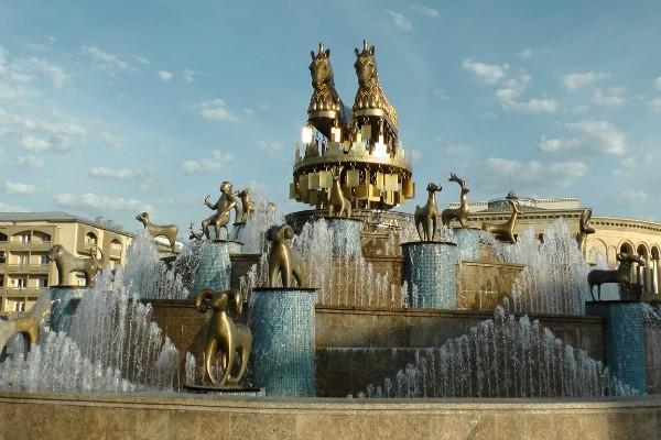http://content.foto.mail.ru/mail/geowit/1716/h-1823.jpg
