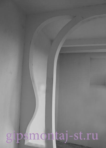 криволинейная декоративная перегородка из гипсокартона в детской комнате