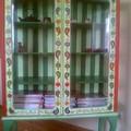 Шкаф-купе также расписан акриловыми красками и покрыт лаком.  Так как нет раздела по переделке мебели...