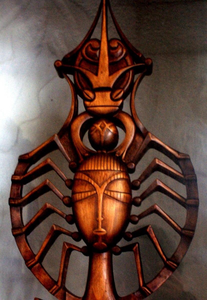 Рис.7 Деревянная фигура, вероятно, Царевны-Лягушки