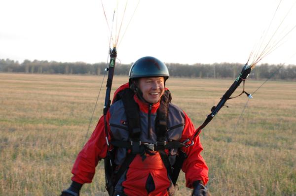 Первый в Сибири прыжок с парапланом... I-200