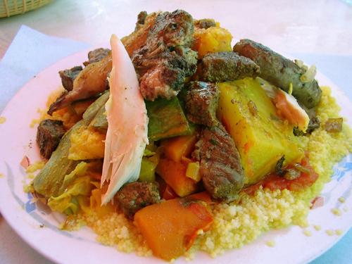 Кускус - традиционное арабское блюдо