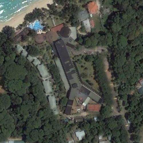 Вид на отель «Berjaya Beau Vallon Bay Beach» из космоса