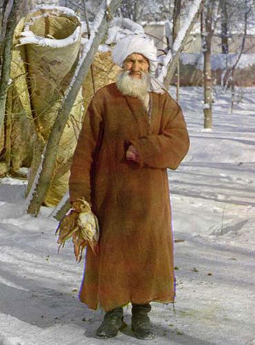 Из серии ''Узбекские портреты''. Крестьянин в деревне под Самаркандом (фото начала ХХ века).